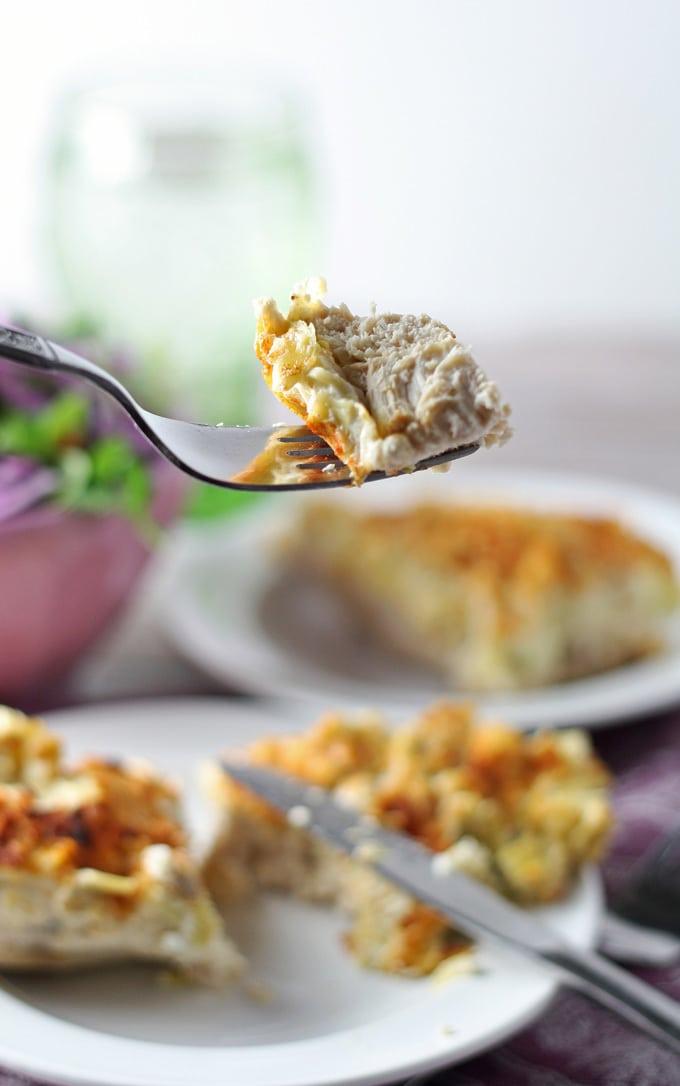 When chicken for dinner gets boring, make this Parmesan Artichoke Chicken dish! | honeyandbirch.com