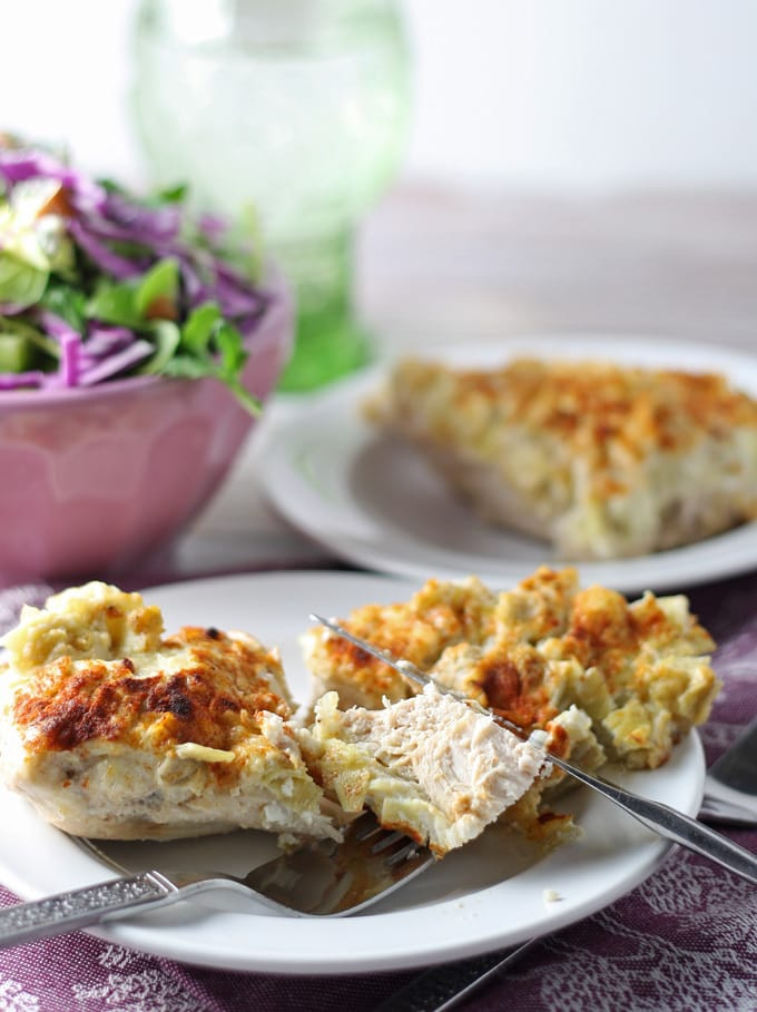 When chicken for dinner gets boring, make this Parmesan Artichoke Chicken dish! | honeyandbirch.com