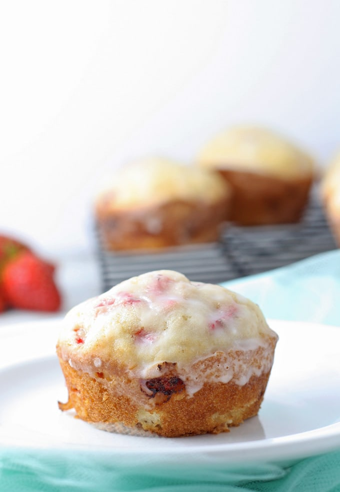 Springtime Strawberry Muffins - the blueberry muffin for strawberry lovers! | honeyandbirch.com