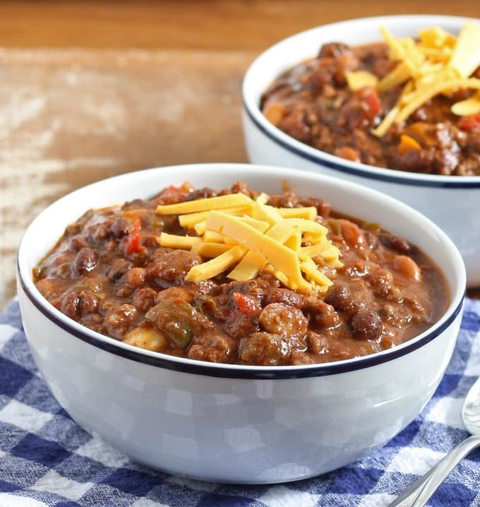 Slow Cooker Ground Beef and Chorizo Chili | Honey and Birch