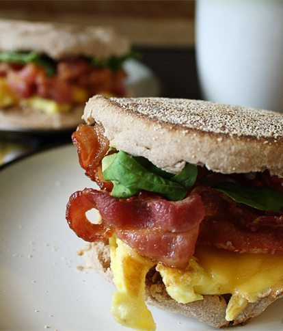 Bacon and Arugula Breakfast Sandwich | honeyandbirch.com