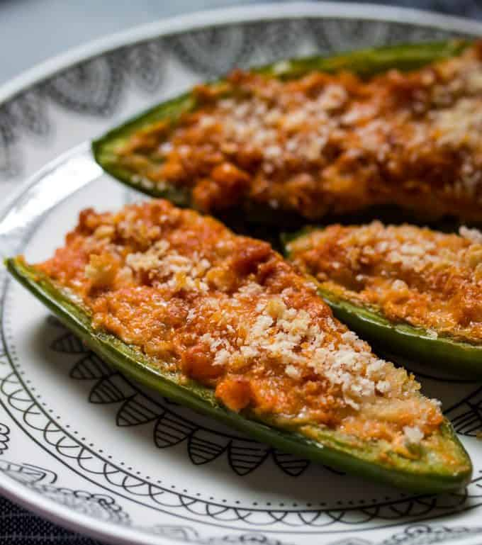 photo of baked jalapeno poppers
