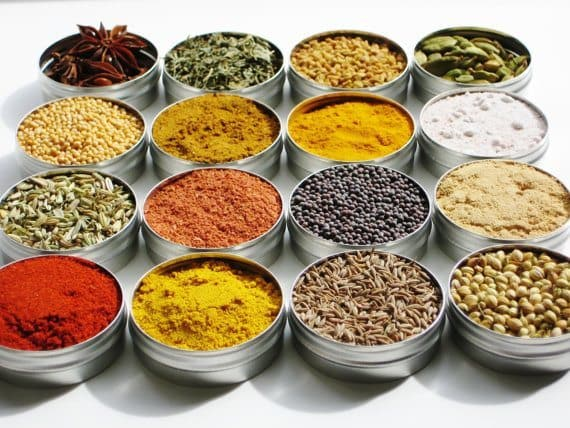 Indian Spice Kit with 16 exotic spices plus 4 recipes | 5 Etsy Shops for Food Gifts