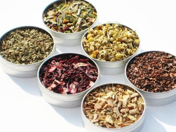 Organic Herbal Tea Kit - 6 herbal loose teas | 5 Etsy Shops for Food Gifts