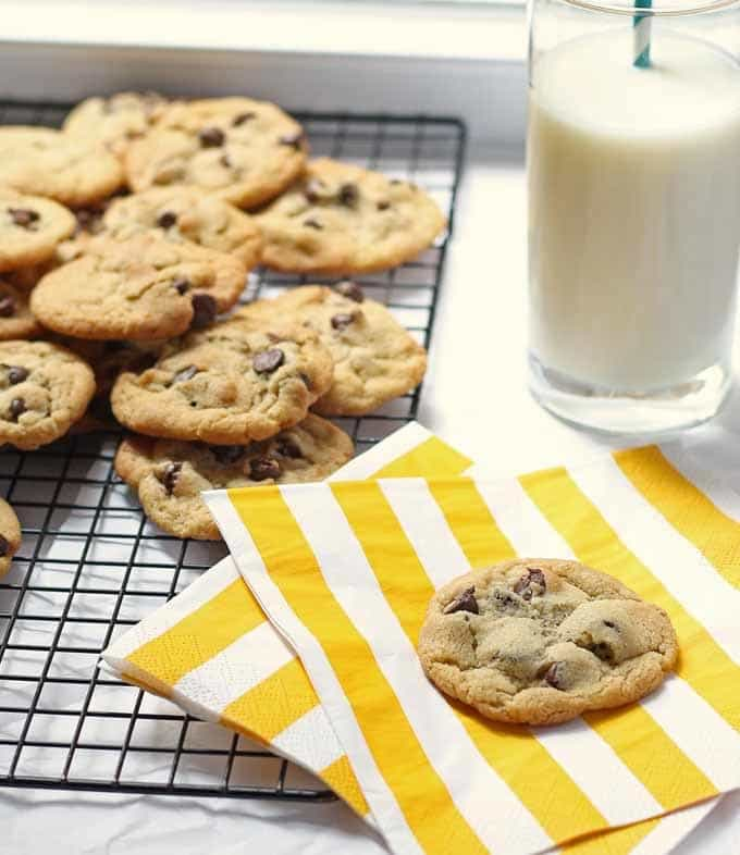 These duck fat chocolate chip cookies are a great alternative to the traditional cookie. Only 10 minutes to bake! srcset=