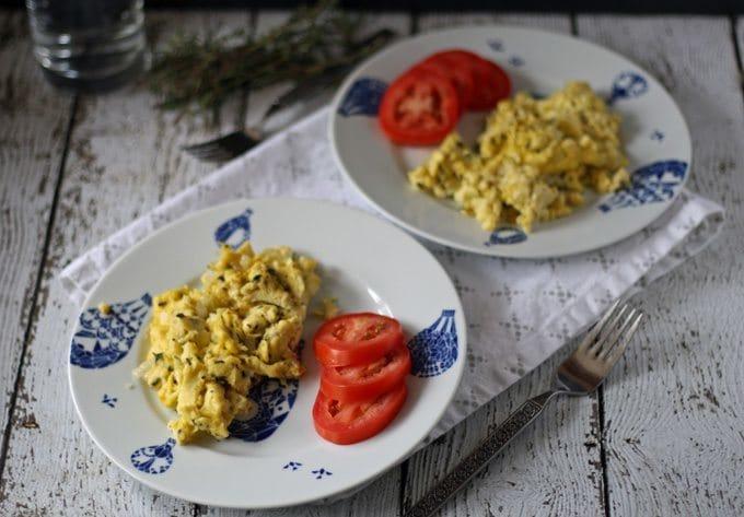 Leftover Herb Breakfast Scrambler   www.honeyandbirch.com