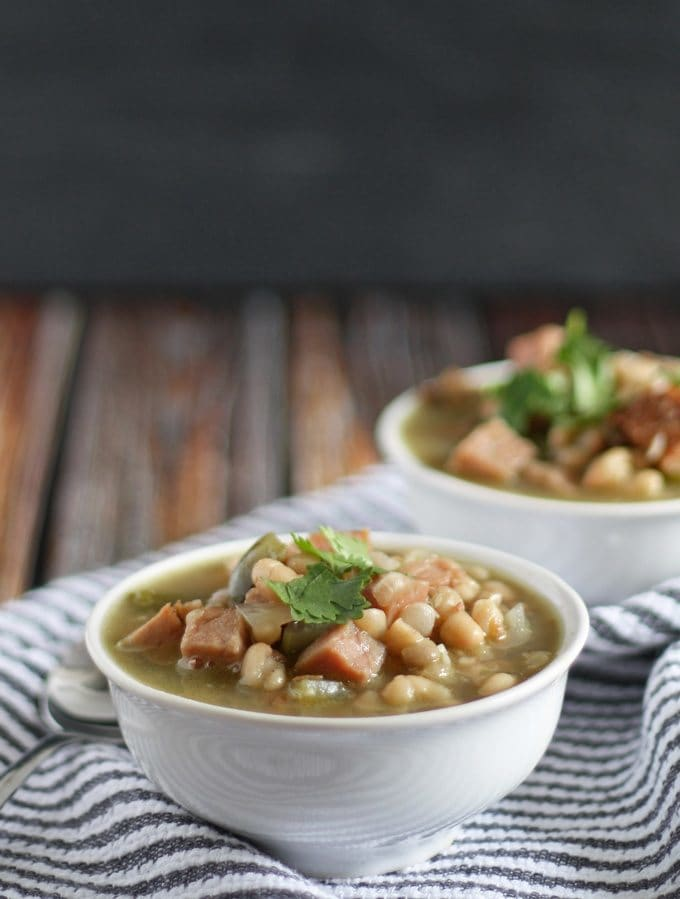 10 Warming Winter Soups to get you through the cold and chilly days! | www.honeyandbirch.com #winter #soup