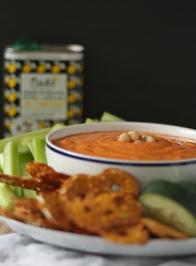 Roasted Red Pepper and White Bean Hummus | www.honeyandbirch.com | #dip