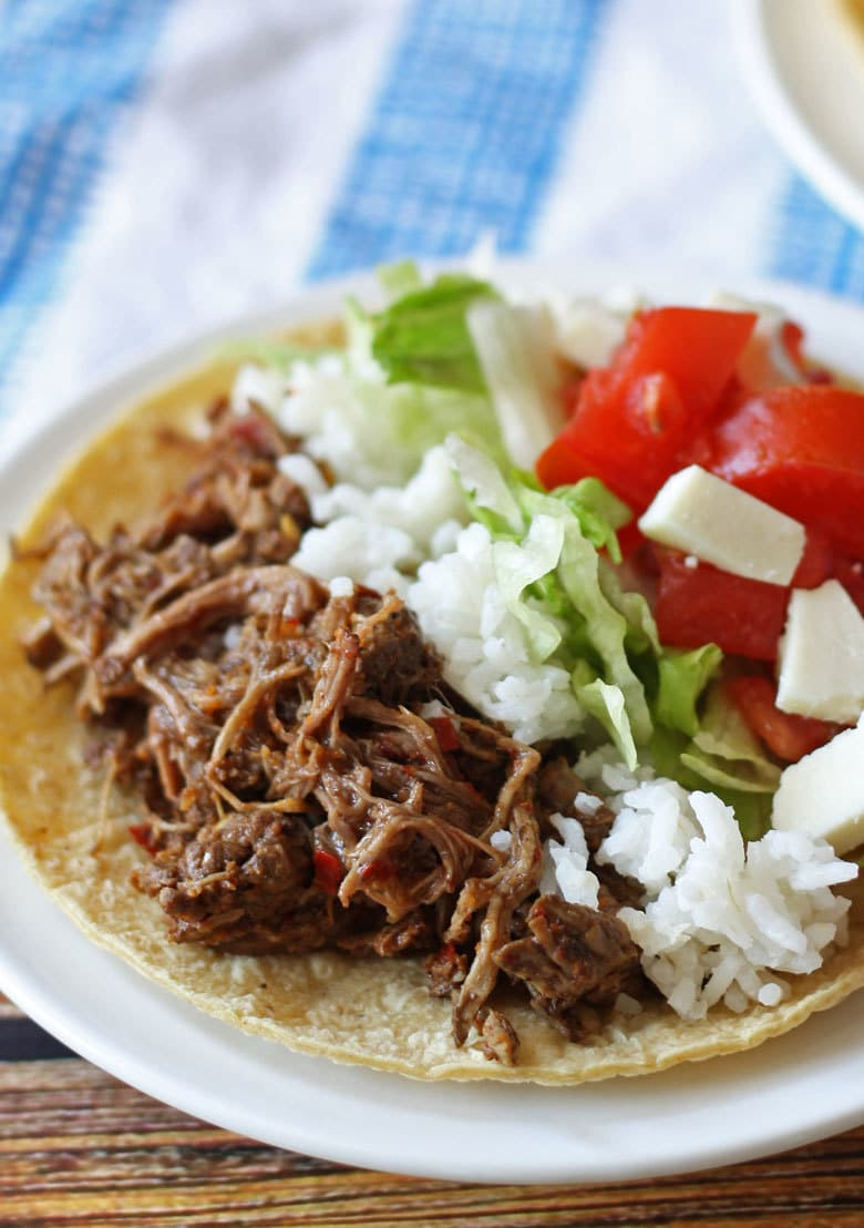 slow cooker barbacoa beef taco closeup
