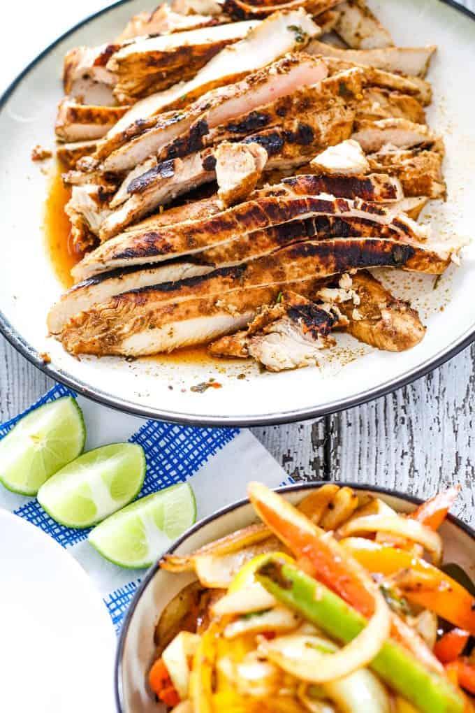 plate of chicken fajita meat