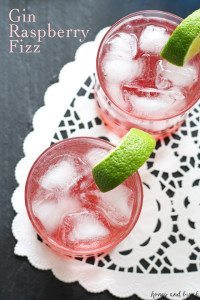 Gin Raspberry Fizz | www.honeyandbirch.com | #ValentinesDay @bluecoatgin