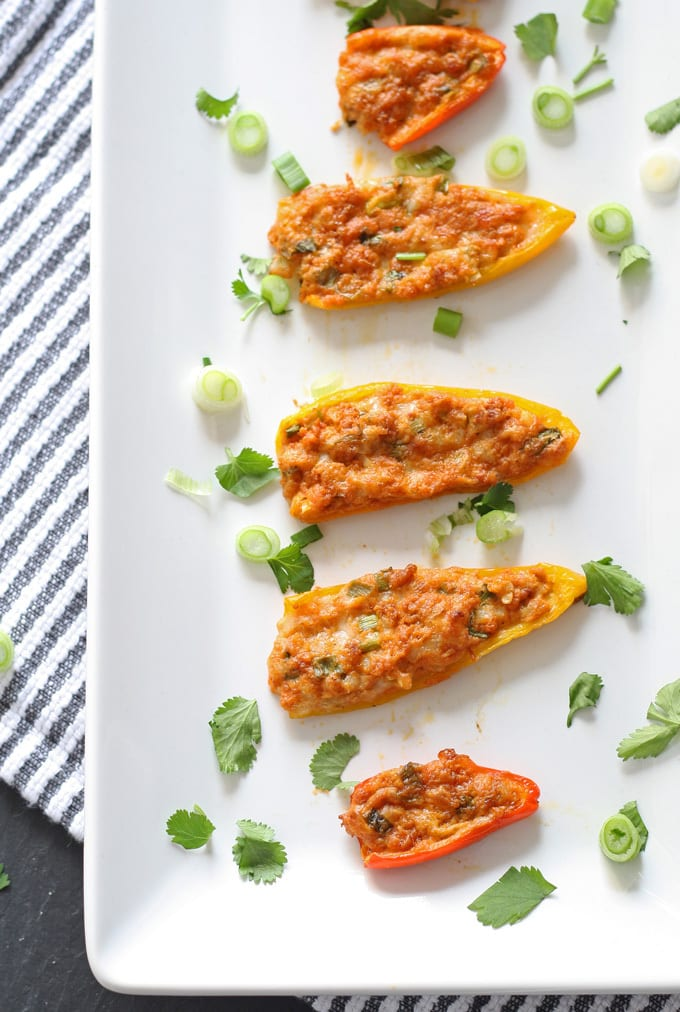 Mini Pepper Poppers | www..honeyandbirch.com #appetizer