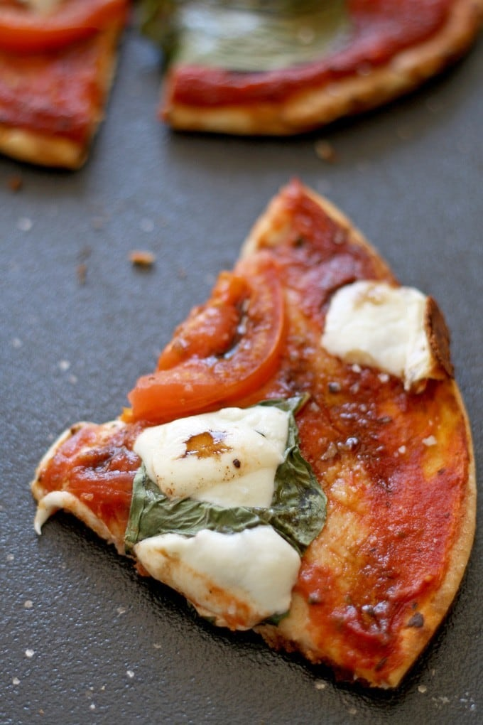 Margherita Pizza Pitas | honeyandbirch.com