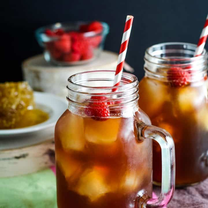 Raspberry Sweet Tea Cocktail