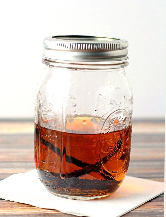 homemade vanilla bean bourbon extract
