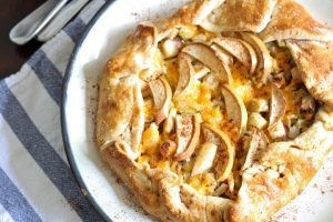Apple Chicken Cheddar Galette