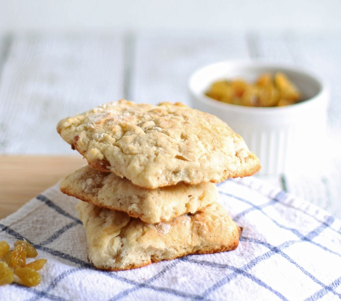 Golden Raisin Scones