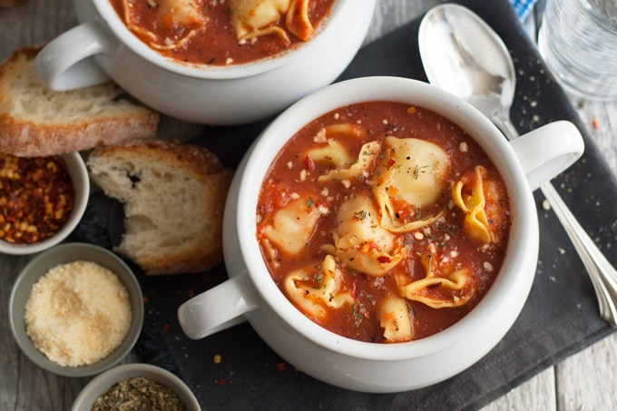 3 Ingredient Tomato Tortellini Soup - if you're short on time, make this soup! It only takes 15 minutes from start to finish and is full of flavor. Plus, 3 variations are included with easy additions for more soup deliciousness! | honeyandbirch.com