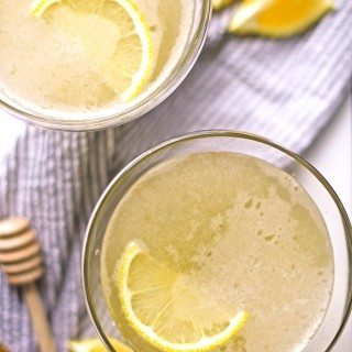 The bee sting cocktail is a spicy riff on The Bee's Knees. You'll be adding this easy to make, buzz-worthy drink to your list of favorite cocktails! | honeyandbirch.com
