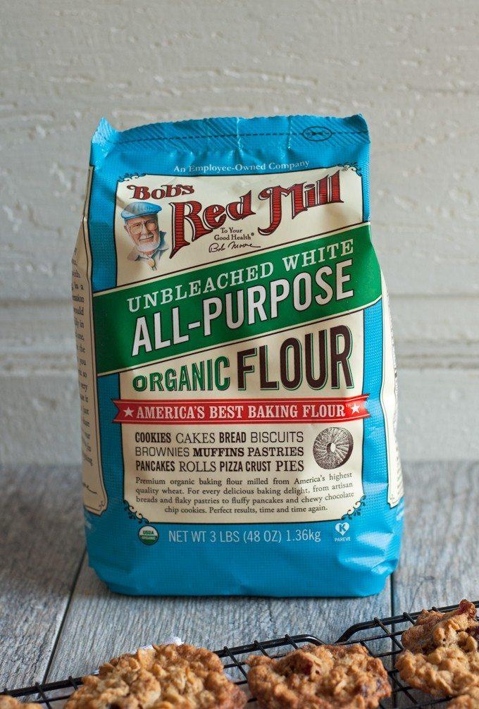 bag of bob's red mill flour