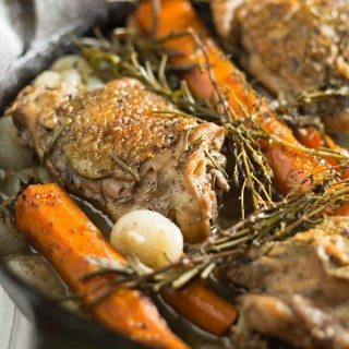 Grab a plate and a fork, cause you're going to want to dig in to this tea braised chicken thighs dinner! I see many delicious Sunday suppers in your future.   honeyandbirch.com