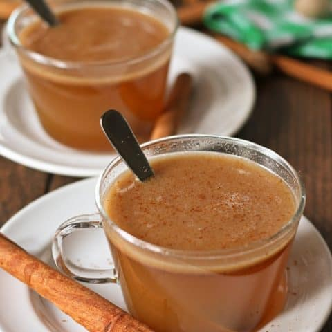 Honey buttered rum is the perfect holiday drink! It has all of the warmth and spice of hot buttered rum with the addition of my favorite ingredient - honey! | honeyandbirch.com