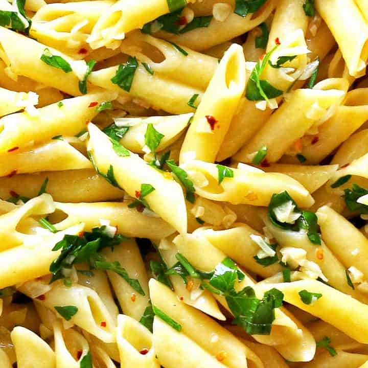 close up photo of penne agilo e olio