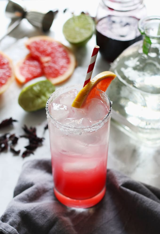 Hibiscus paloma cocktail photo