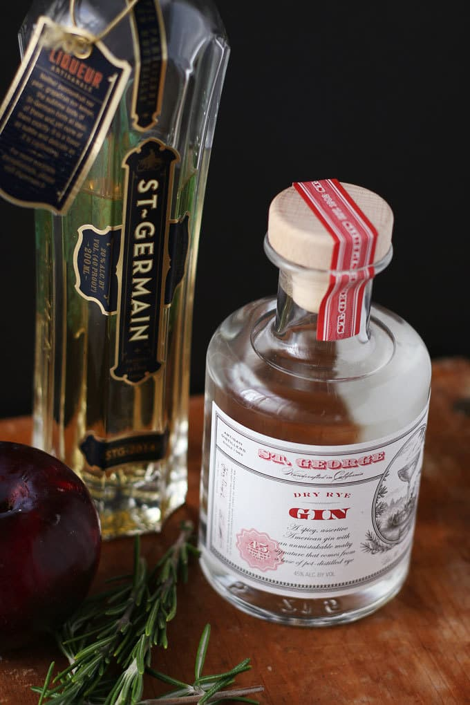 Rosemary's Plum gin cocktail is a blend of fresh ingredients and aromas. Thanks to the addition of fresh plum and St. Germain there is no need to add any additional sugar. Instead, I pair it with gin and rosemary for a fresh and herbaceous drink. | honeyandbirch.com