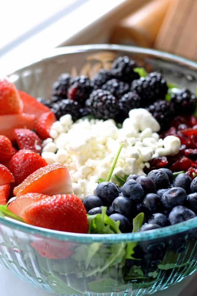 picture of berry goat cheese salad