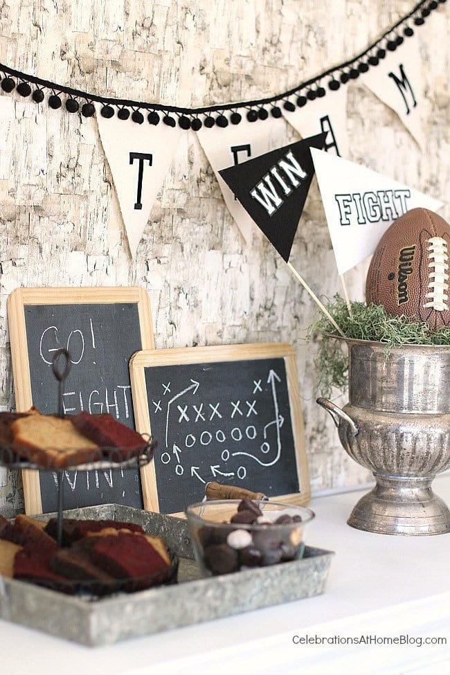 Game Day Party Plan - my favorite game day snacks, meals, and desserts, plus printables and decorating ideas for your party!