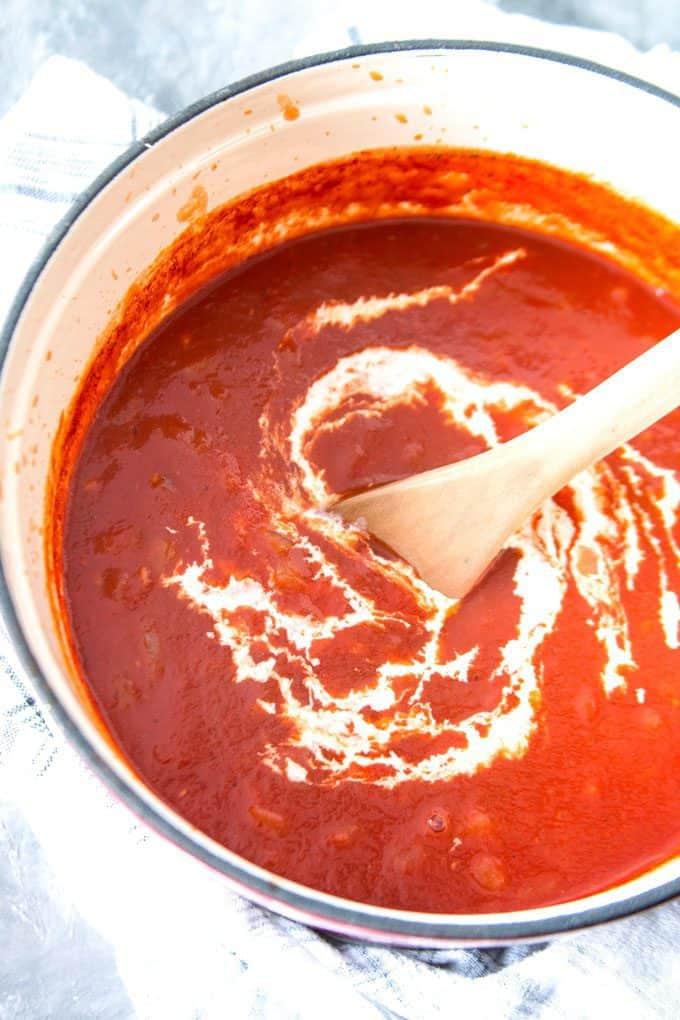 unstirred tomato cream sauce