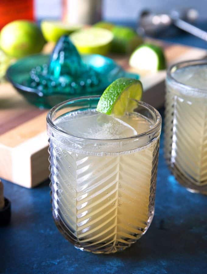 1 kentucky mule in a grey glass