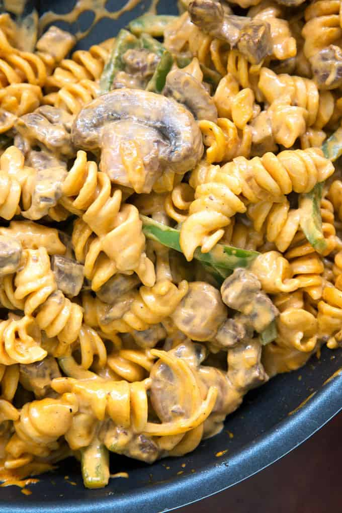 closeup photo of Philly cheesesteak rotini