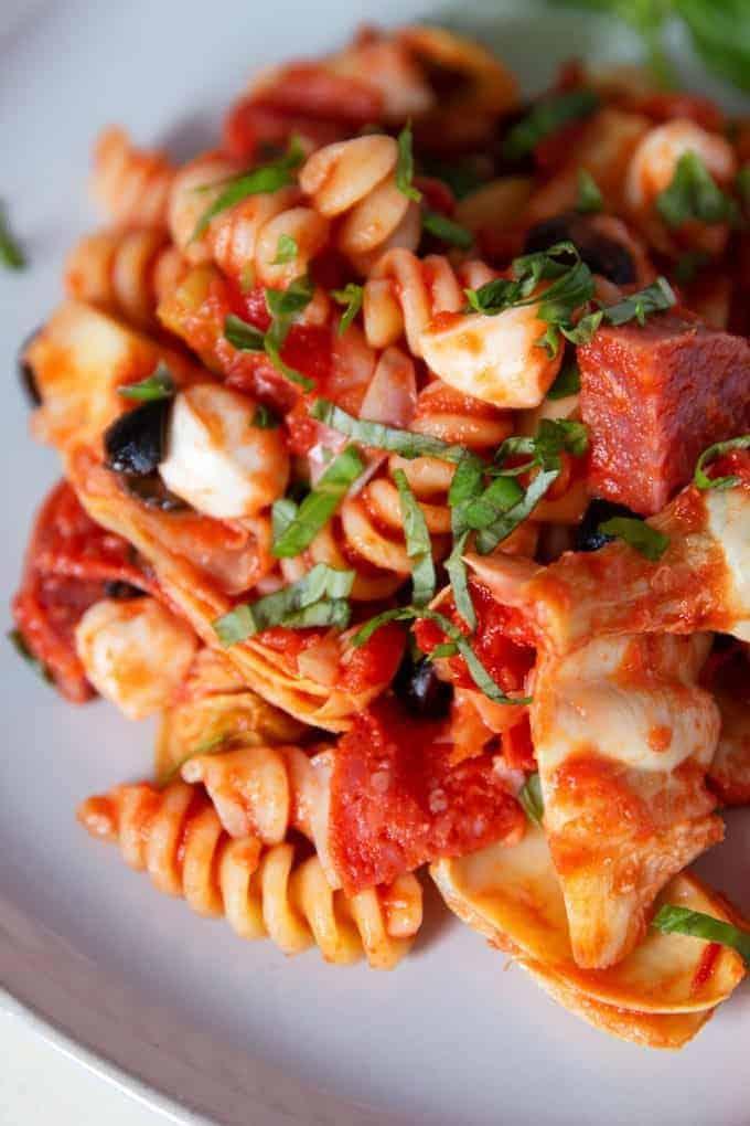 how to eat antipasto sauce