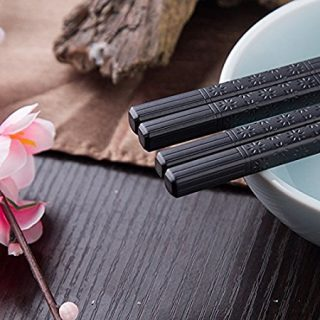Foster (Goldage) 5-Pairs Fiberglass Dishwasher-safe Chopsticks (Japanese Minimalism - Floating Flowers)