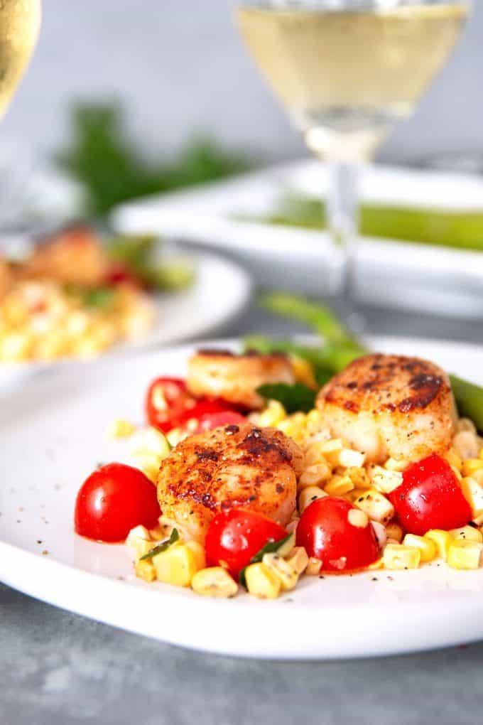seared garlic scallops and corn tomato relish