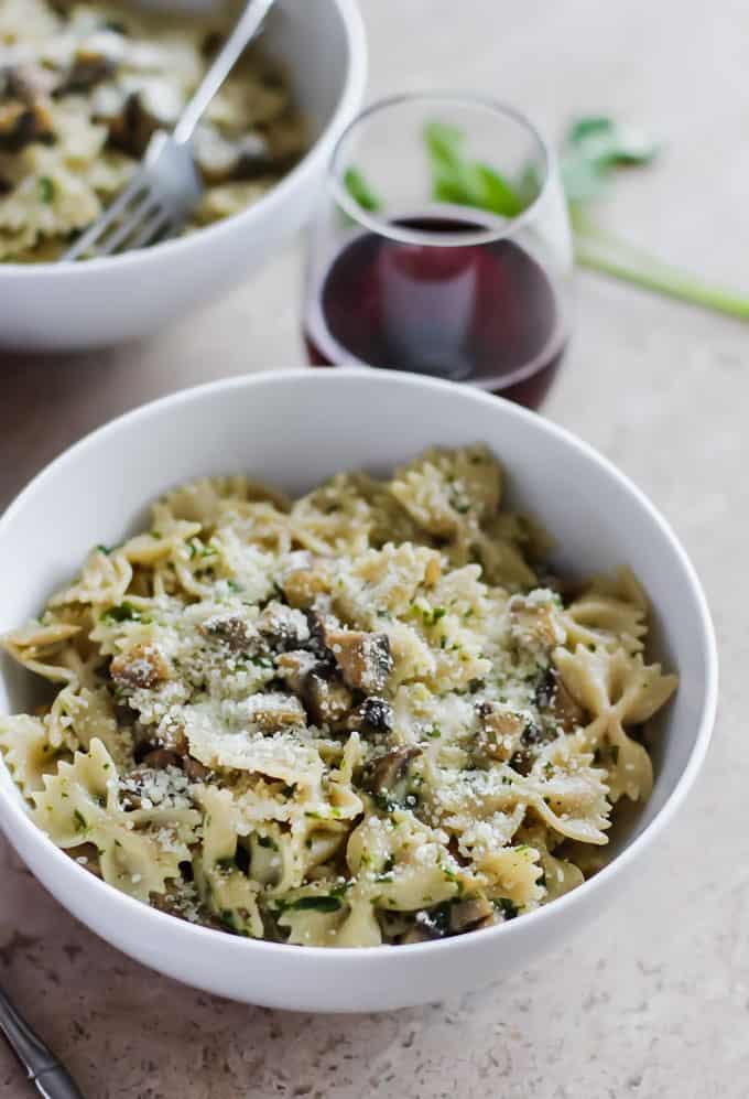 18 Easy Pasta Dinner Recipes - Healthy Mushroom Pasta