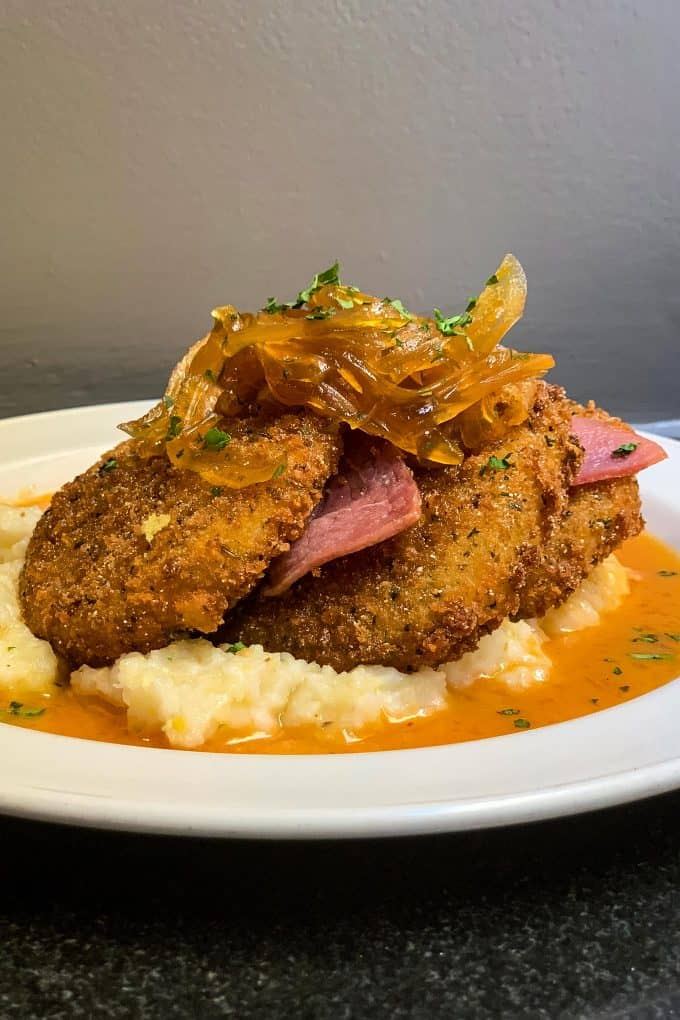 The Best Downtown Charleston Restaurants - Magnolia's fried green tomatoes