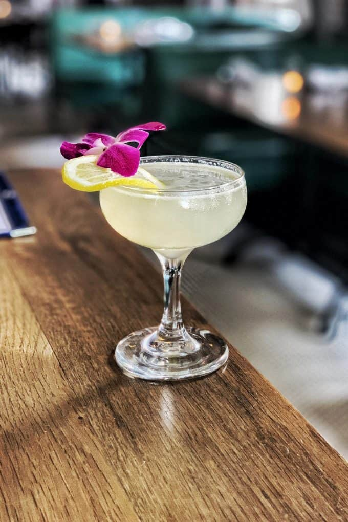 The Best Downtown Charleston Restaurants - The Darling Oyster Bar London Fog cocktail